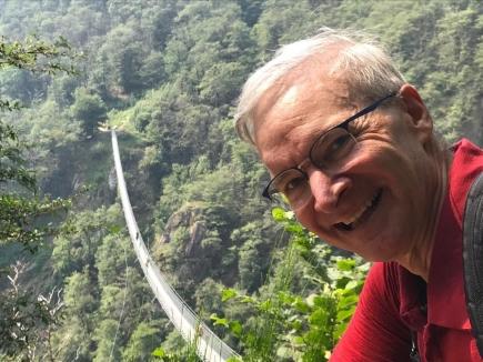 Ponte tibetano sopra Monte Carasso (TI) / Tibetanische Brücke oberhalb Monte Carasso (TI)